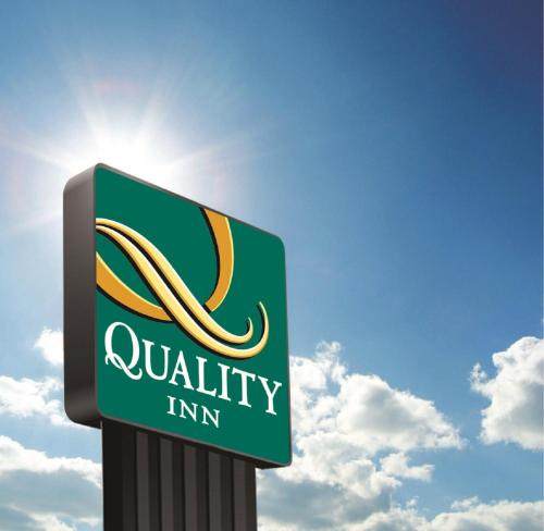 Quality Inn - Indianapolis, IN 46241