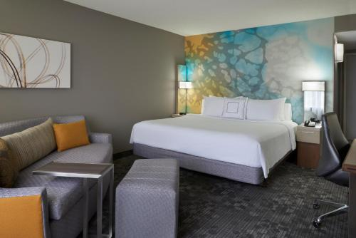 Courtyard by Marriott Toronto Airport photo 24
