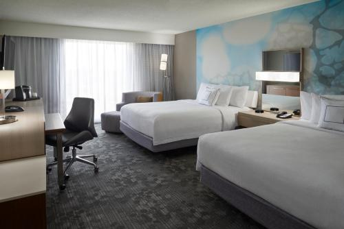 Courtyard by Marriott Toronto Airport photo 34
