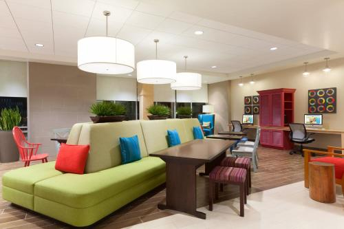 Home2 Suites By Hilton Louisville Airport Expo Center - Louisville, KY 40209
