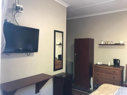 Karlollies guest house Photo