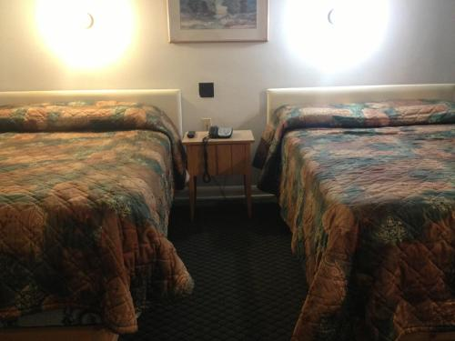 Pleasant Manor Motel - Collingwood, ON L9Y 0X2
