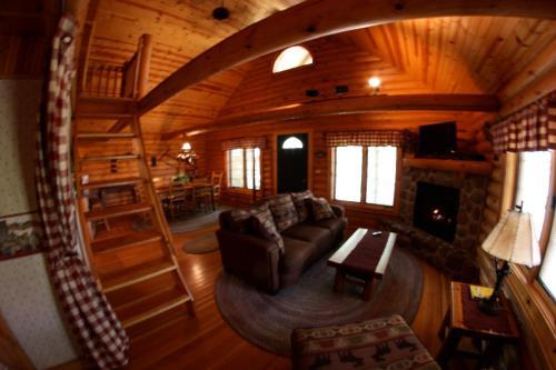 Cedar Lodge Resort Hotel Wisconsin Dells