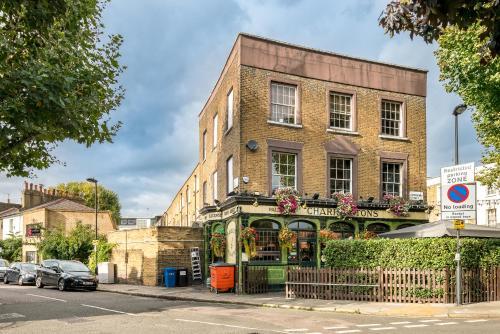 2 Bed House Kings Cross, Euston photo 38