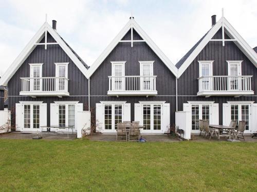 Three-Bedroom Holiday home in Nykøbing Sj 3