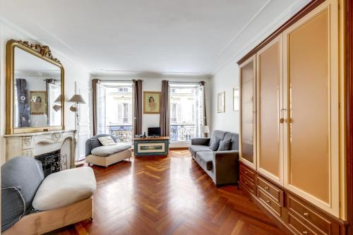 Place des Vosges Apartment ID96 photo 14