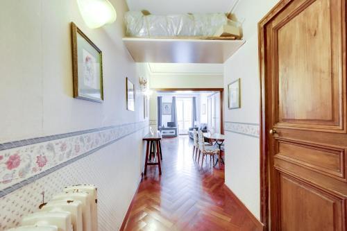 Place des Vosges Apartment ID96 photo 16