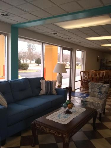 Howard Johnson Inn Virginia Beach Photo