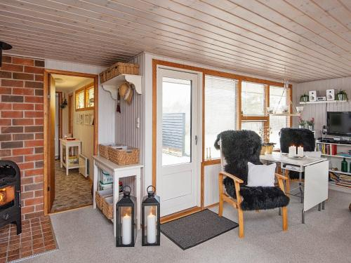 Three-Bedroom Holiday home in Glesborg 52