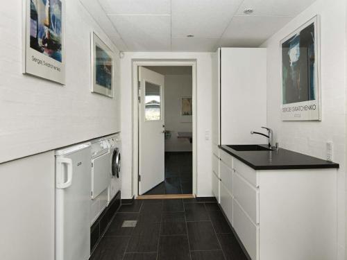 Four-Bedroom Holiday home in Løkken 19