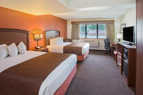 AmericInn Hotel and Suites - Grand Forks Photo