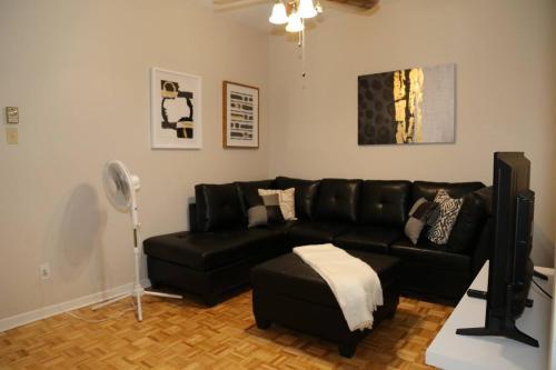 #43 -+ Two-bedroom Apartment - Parc Avenue
