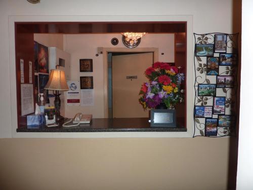 Hotel Viger Photo