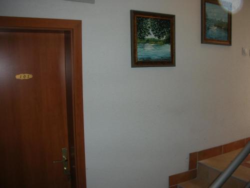 https://q-xx.bstatic.com/images/hotel/max500/126/12628480.jpg
