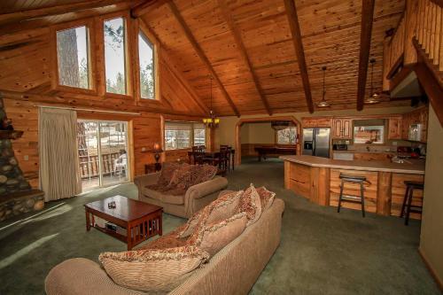 Heavenly Lodge #1422 Photo