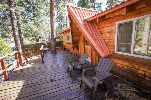 Cabin Idle Ours #933 Photo