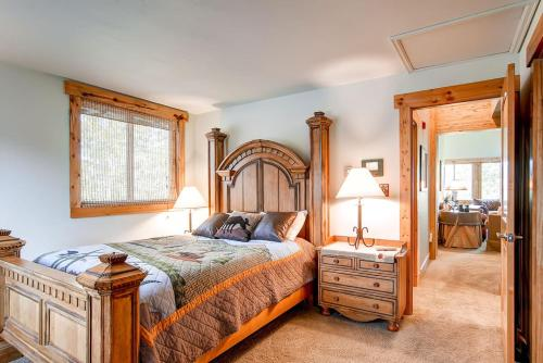 Ski Hill 32 - Breckenridge, CO 80424