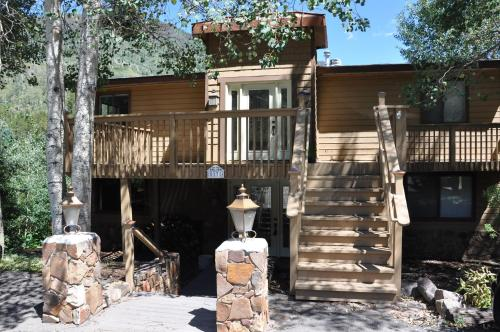 Black Bear Holiday Home - Vail, CO 81657