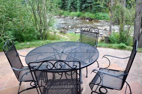 Gold Rated Bighorn Duplex - Vail, CO 81657