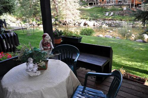 Condo Overlooking Gore Creek Photo
