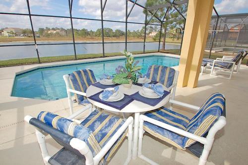 Lakeview Villa Photo