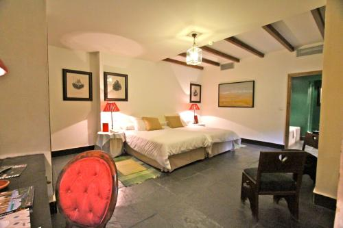 Standard Double or Twin Room - single occupancy Posada Real Castillo del Buen Amor 1