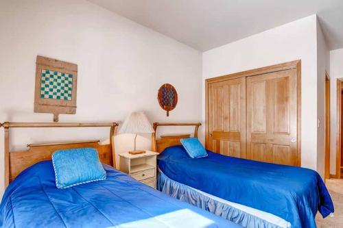 One Breckenridge Place 13 Apartment Photo