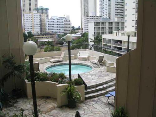 Monte Vista 1704 - Honolulu, HI 96815
