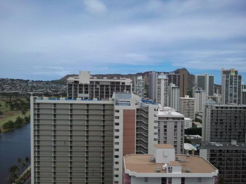 Island Colony 3105 - Honolulu, HI 96825