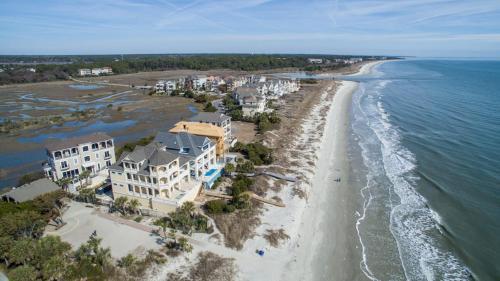 32 Singleton Beach: 50 yards to the Beach Photo