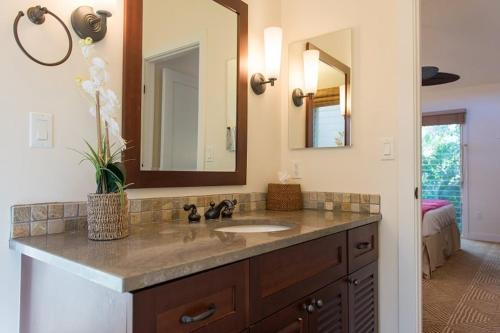 Aina Nalu Two-Bedroom, Two-Bathroom - 26 Photo