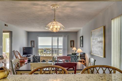 Anchorage I A15 Apartment Photo