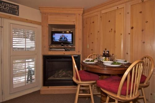 Viking Lodge 218 - Telluride, CO 81435