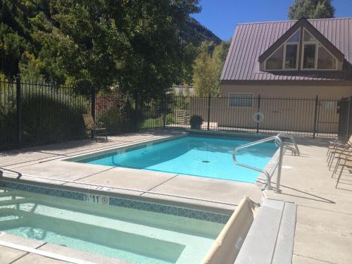 Viking Lodge 104 Apartment - Telluride, CO 81435