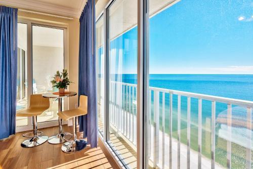 Boardwalk Resort 2208 Photo