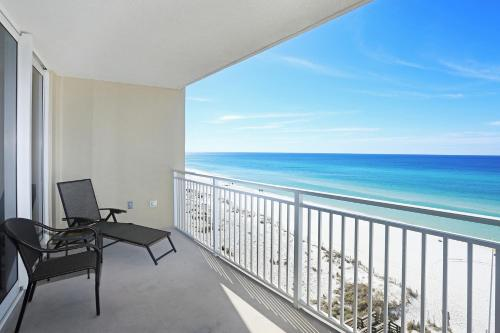 Emerald Beach 727 Photo