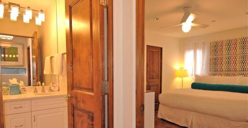 Telluride Lodge #332 Apartment - Telluride, CO 81435