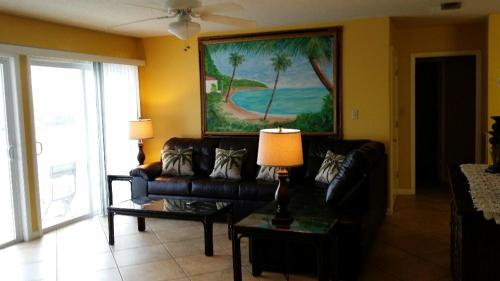 Sandpiper Cove 3200 Photo