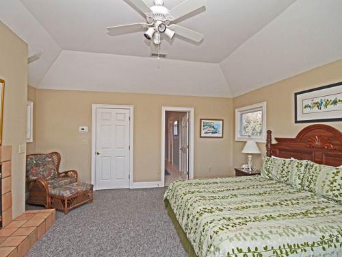 Cameron Boulevard 3702 Holiday Home Photo