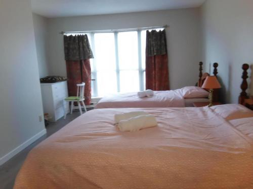 Cozy Room - Richmond, BC V6Y 1N5