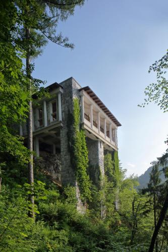 Cesta svobode 18, 4260 Bled, Slovenia.