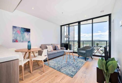 Ultimate Brisbane Apartment - Best Part of Town!