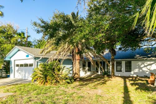 Fulton Beach Four-bedroom House Home - Rockport, TX 78382