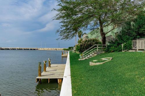 Waterfront 3br Condo W/ Dock Condo - Corpus Christi, TX 78418