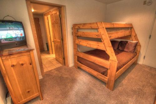 Cm212 Copper Mtn Inn Two Room Suite Condo - Copper Mountain, CO 80443
