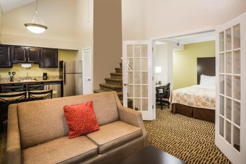 Hawthorn Suites By Wyndham Orlando International Drive - Orlando, FL 32819