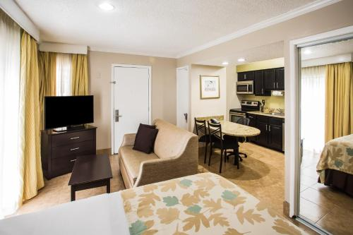 Hawthorn Suites By Wyndham Orlando International Drive photo 11