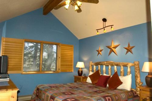 Cascade Village 351 Photo
