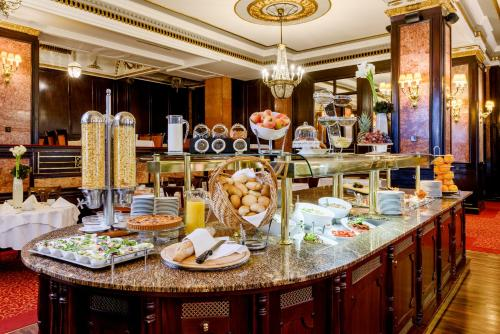 Danubius Hotel Astoria City Center photo 17