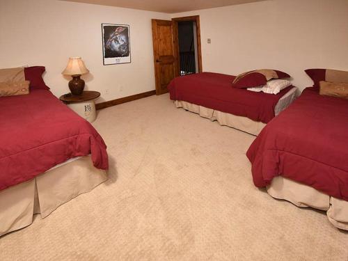Glen Lyon Lodge Home - Vail, CO 81657